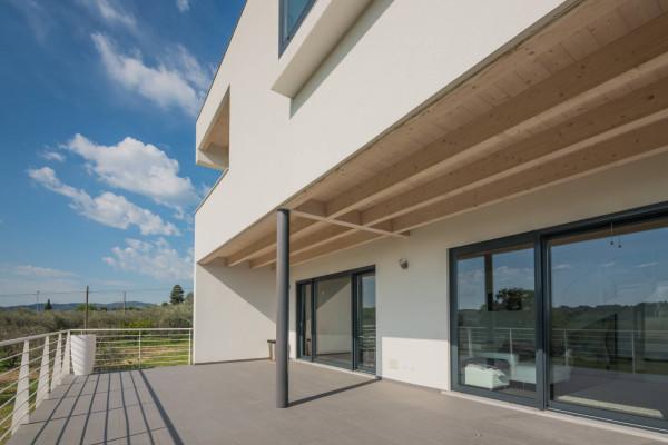 Villa in Vendita a Coriano Centro: 5 locali, 340 mq