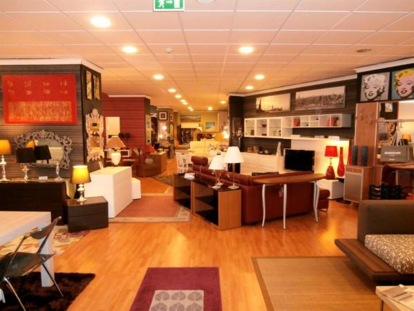 Magazzino in vendita a Catania, 6 locali, prezzo € 320.000 | Cambio Casa.it