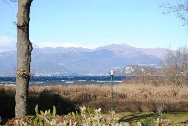 Appartamento in vendita a Ispra, 3 locali, prezzo € 147.000 | Cambio Casa.it