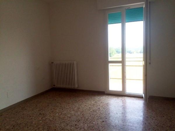 Appartamento in affitto a Ozzano dell'Emilia, 4 locali, prezzo € 800 | Cambio Casa.it