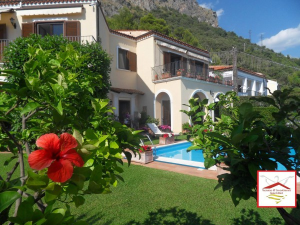 Villa in vendita a Maratea, 5 locali, Trattative riservate | Cambio Casa.it