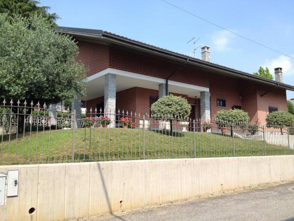 Villa in vendita a Chieri, 4 locali, prezzo € 480.000 | Cambio Casa.it