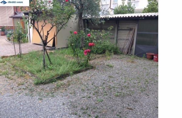 Villa in vendita a Seregno, 4 locali, prezzo € 178.000 | Cambiocasa.it