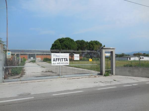 Capannone in vendita a Verona, 3 locali, zona Zona: 12 . San Massimo, prezzo € 830.000 | Cambio Casa.it