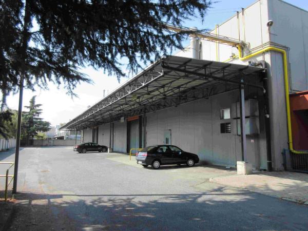 Capannone in affitto a Moncalieri, 3 locali, Trattative riservate | Cambio Casa.it
