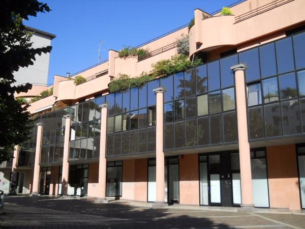 Attico / Mansarda in vendita a Saronno, 6 locali, Trattative riservate | Cambio Casa.it