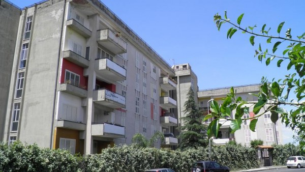 Appartamento in vendita a Paternò, 5 locali, prezzo € 115.000 | Cambio Casa.it