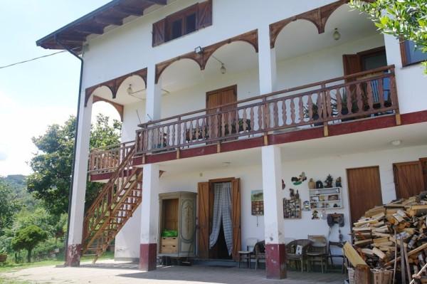 Casa indipendente in Vendita a Issiglio Periferia: 5 locali, 100 mq
