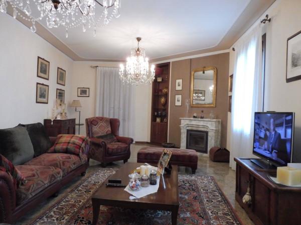 Villa in vendita a Bassano del Grappa, 6 locali, Trattative riservate | Cambio Casa.it
