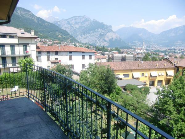 Appartamento in vendita a Valmadrera, 3 locali, prezzo € 199.000 | CambioCasa.it