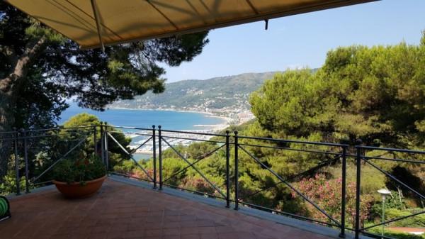 Villa in affitto a Andora, 6 locali, prezzo € 4.000 | Cambio Casa.it