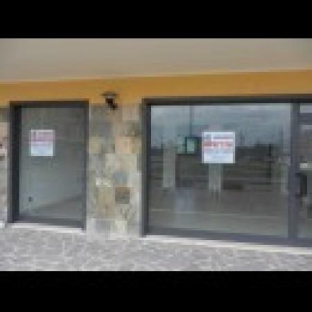Negozio / Locale in affitto a Avezzano, 1 locali, prezzo € 600 | Cambio Casa.it
