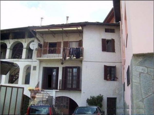 Soluzione Indipendente in vendita a Brosso, 6 locali, prezzo € 35.000 | Cambio Casa.it