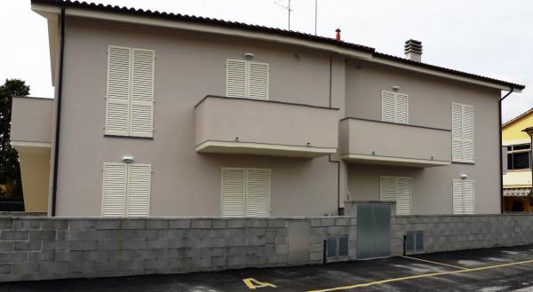 Bilocale Lucca Via Cornacchie 4