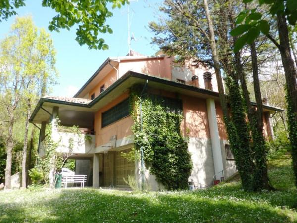 Villa in vendita a Monzuno, 6 locali, prezzo € 420.000 | Cambio Casa.it