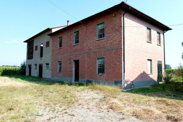 Rustico / Casale in vendita a Medicina, 6 locali, prezzo € 150.000 | Cambio Casa.it