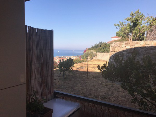 Appartamento in affitto a Vallecrosia, 2 locali, prezzo € 480 | Cambio Casa.it