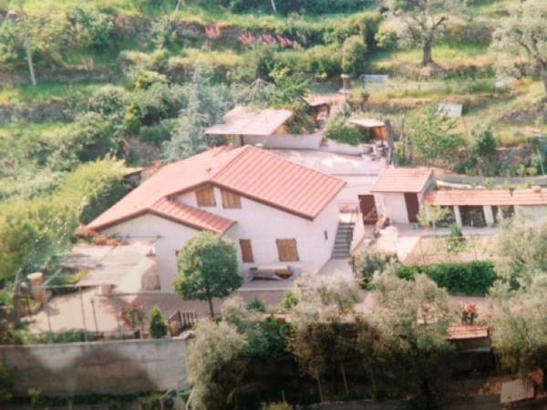 Soluzione Indipendente in vendita a Dolceacqua, 6 locali, prezzo € 270.000 | Cambio Casa.it
