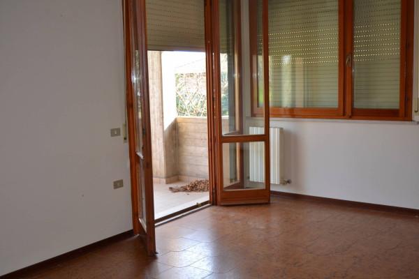 Appartamento in vendita a Mondavio, 6 locali, prezzo € 98.000 | CambioCasa.it