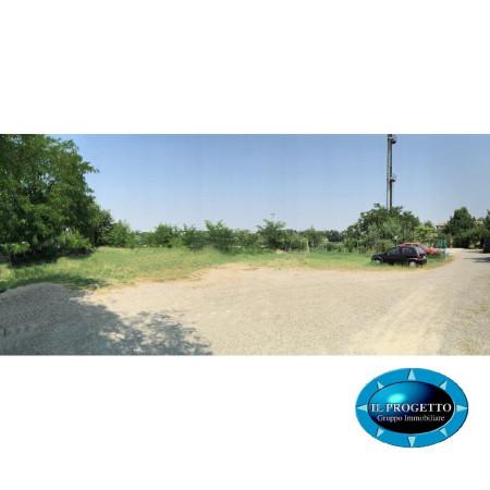 Terreno commerciale in Vendita a Bologna Periferia Ovest: 550 mq