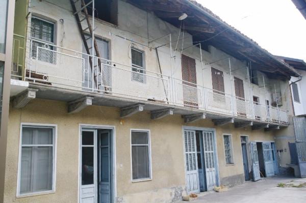 Casa indipendente in Vendita a San Giorgio Canavese Centro: 5 locali, 165 mq