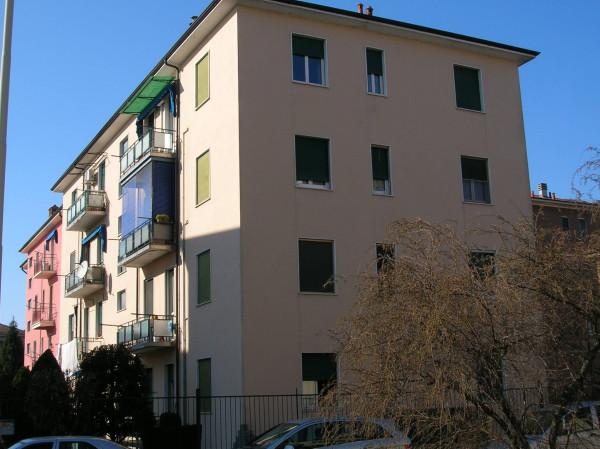 Bilocale Pavia Via Giovanni Ingrao 3