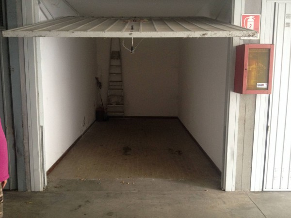 Box / Garage in Vendita a Ozzano dell'Emilia