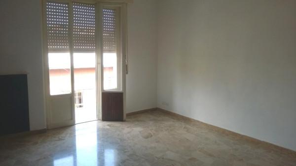 Appartamento in vendita a Legnano, 3 locali, prezzo € 125.000 | Cambio Casa.it