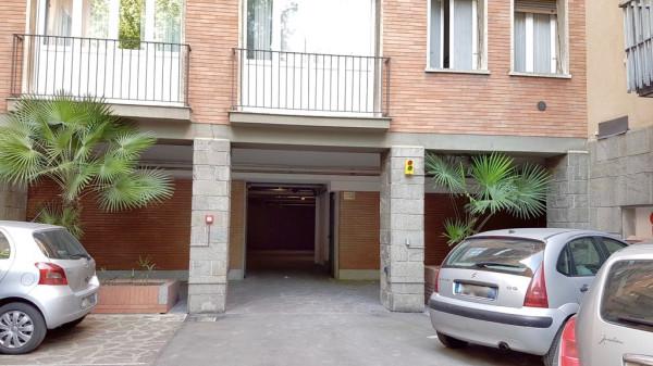 Box / Garage in vendita a Bologna, 1 locali, zona Zona: 9 . Galvani, prezzo € 75.000 | Cambio Casa.it