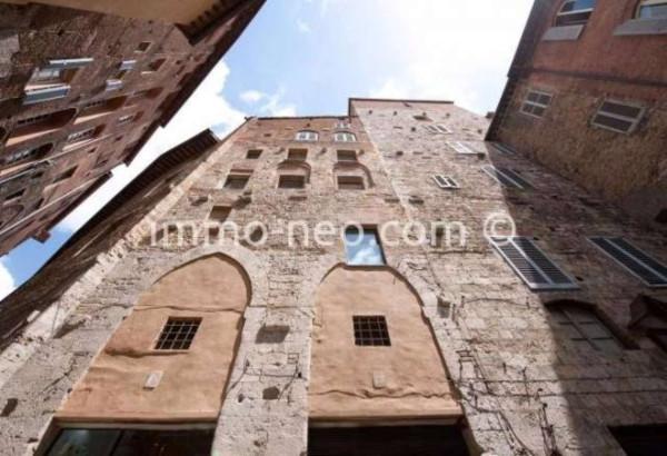 Bilocale Siena Piazza B. Tolomei 13