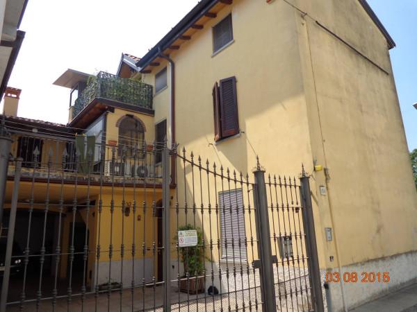 Villa in vendita a Cremona, 6 locali, prezzo € 295.000 | Cambio Casa.it
