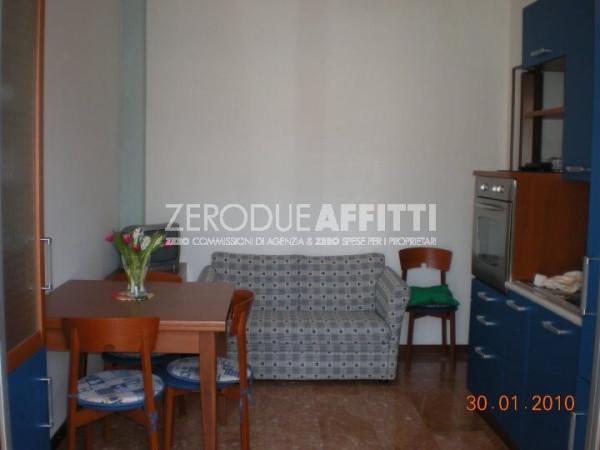 Bilocale Milano Via Bernardino Verro 2