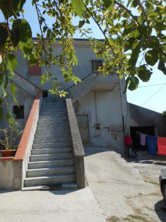 Soluzione Indipendente in vendita a Teano, 5 locali, prezzo € 96.000 | Cambio Casa.it
