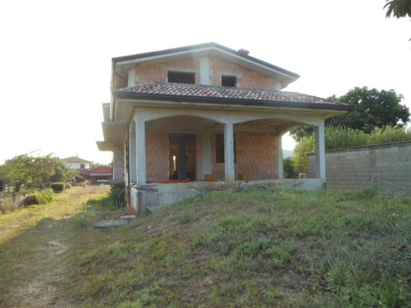 Villa in vendita a Pietramelara, 6 locali, prezzo € 189.000 | Cambio Casa.it
