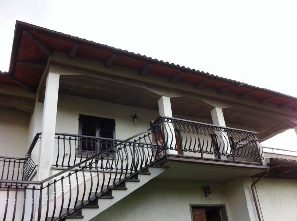Villa-Villetta Villa in Vendita a Loro Ciuffenna