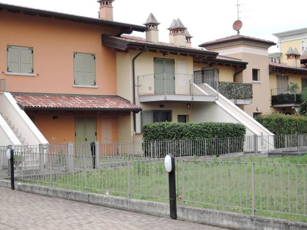 Villa in vendita a Roncadelle, 4 locali, prezzo € 380.000 | Cambio Casa.it