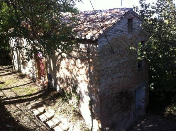 Bilocale Moresco Piazza Castello 5