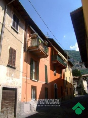 Bilocale Canzo Via Pretorio, 4 5