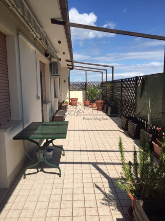 Appartamento in affitto a Pescara, 6 locali, prezzo € 850 | Cambio Casa.it