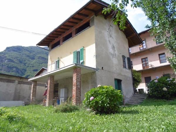 Casa indipendente in Vendita a Sparone Centro: 5 locali, 120 mq