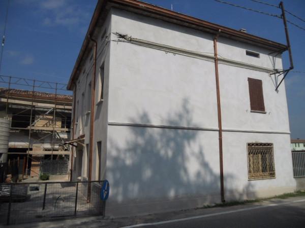 Soluzione Indipendente in vendita a Luzzara, 5 locali, prezzo € 47.000 | CambioCasa.it