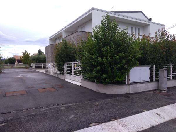 Villa in Vendita a Cesena Periferia Nord: 5 locali, 174 mq