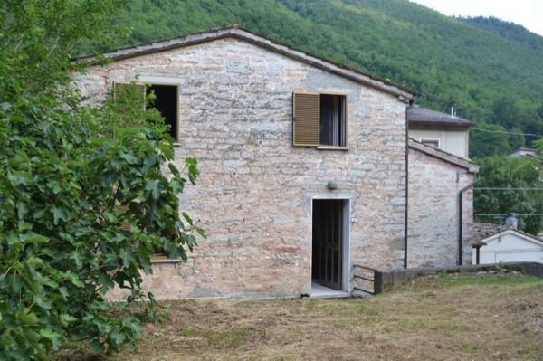 Rustico / Casale in vendita a Serra Sant'Abbondio, 6 locali, prezzo € 68.000 | Cambio Casa.it