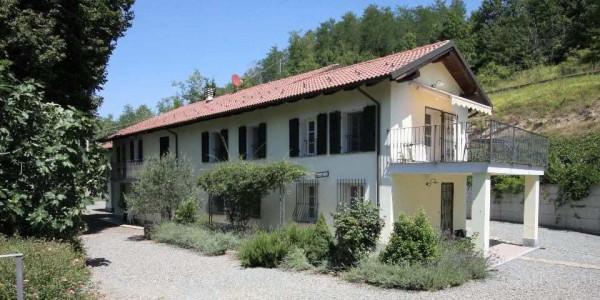 Rustico / Casale in vendita a Melazzo, 6 locali, Trattative riservate | Cambio Casa.it