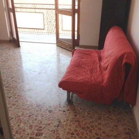 Bilocale Vercelli Via Dante Alighieri 9