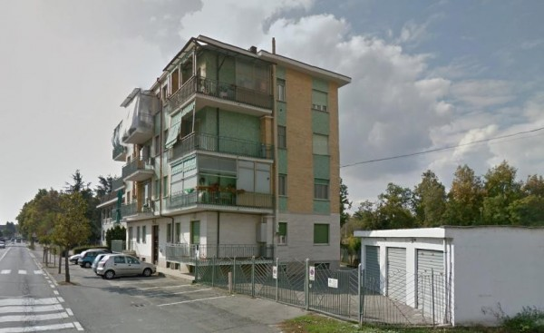 Bilocale Carmagnola Via San Francesco Di Sales 2