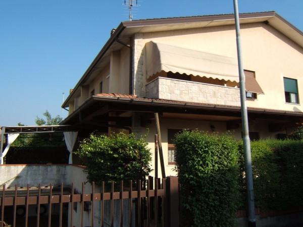 Villa in vendita a Gussago, 4 locali, prezzo € 290.000 | Cambio Casa.it