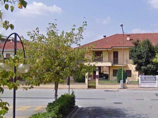 Villa in vendita a Cavour, 6 locali, prezzo € 95.000 | Cambio Casa.it