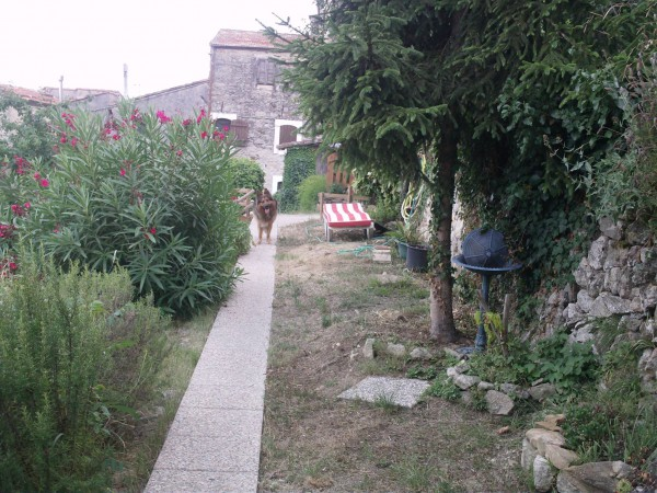 Villa in vendita a Ventimiglia, 4 locali, prezzo € 250.000 | Cambio Casa.it