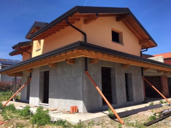 Villa a Schiera in Vendita a Lurate Caccivio